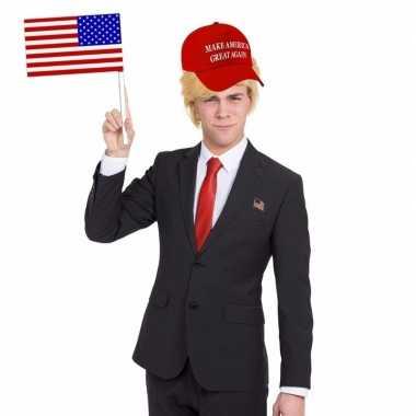 Amerikaanse president donald trump verkleedset met pet en pruik kopen
